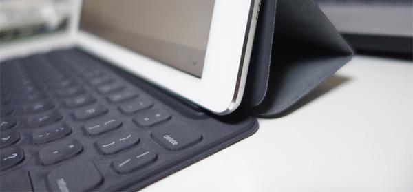 iPadPro9.7のキーボード付きカバー